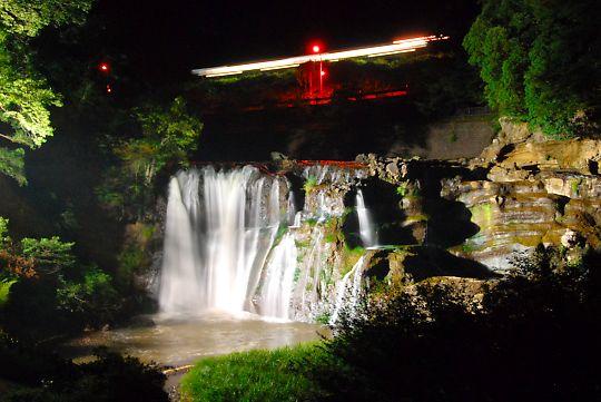 龍門の滝・ライトアップ3