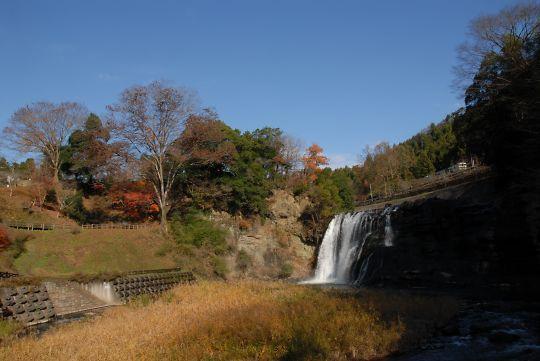 滝水辺公園